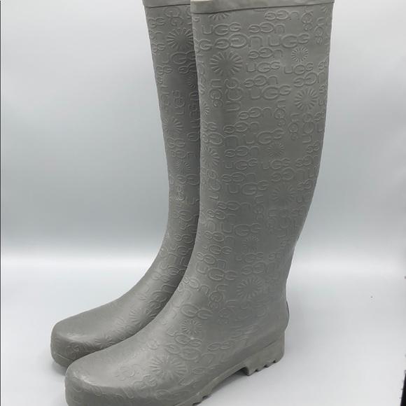 f4bb3fddd8a Ugg logo embossed rain boots grey rubber SZ 9